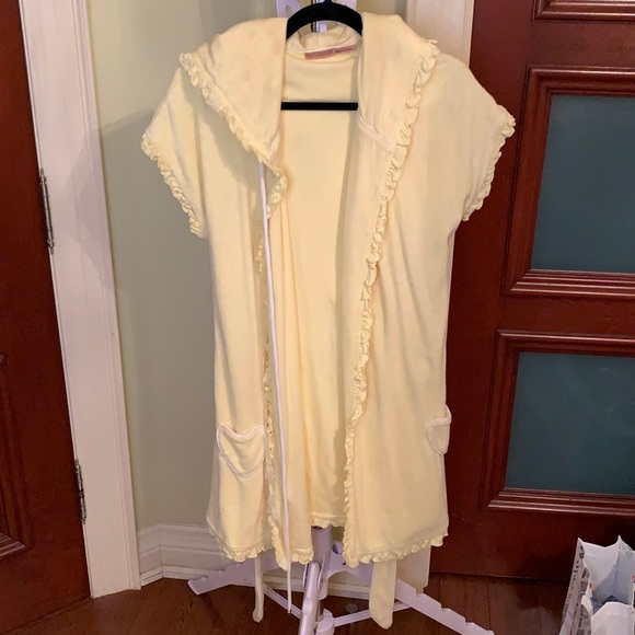 Short sleeve terry cloth robe cover up